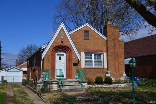 Photo of 703 Bellavilla St Louis MO 63125