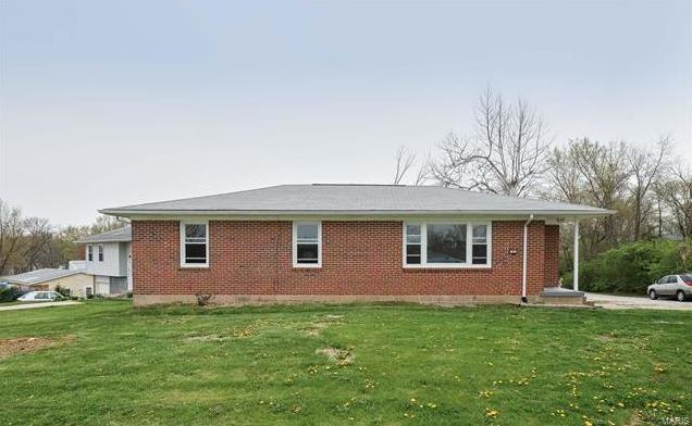 Photo of 645 Hickory Dale Drive St Charles MO 63304