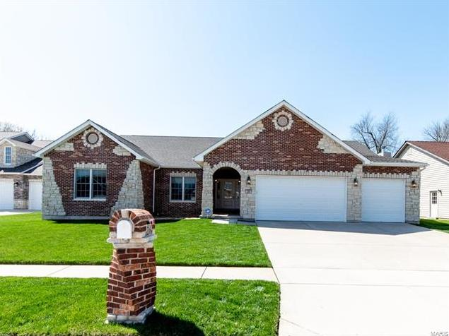 Photo of 26 Expedition Trail Court St Charles MO 63303