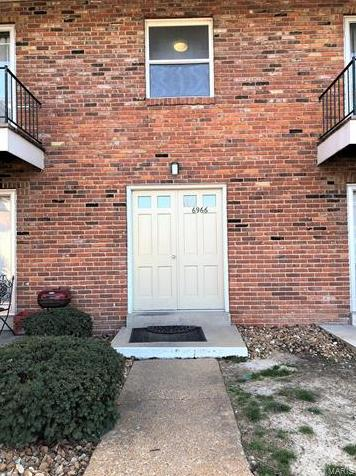 Photo of 6966 Colonial Woods St Louis MO 63129