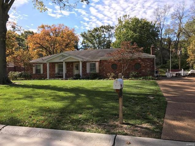 Photo of 4868 Dorsie St Louis MO 63128