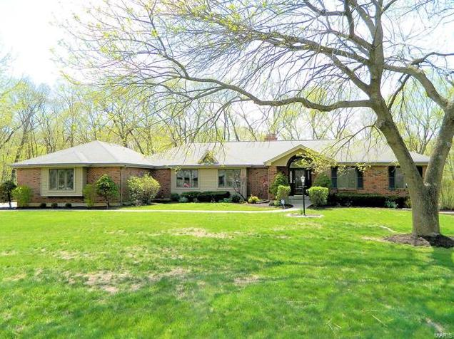 Photo of 22 Oak Bluff Drive Lake St Louis MO 63367