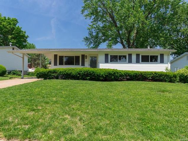 Photo of 1775 Yaqui Drive Florissant MO 63031