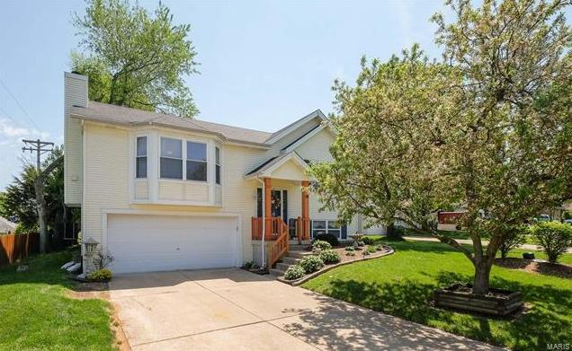 Photo of 34 Queensboro Drive St Peters MO 63376