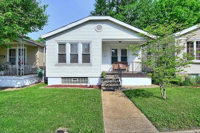 Photo of 4651 Leona St Louis MO 63116