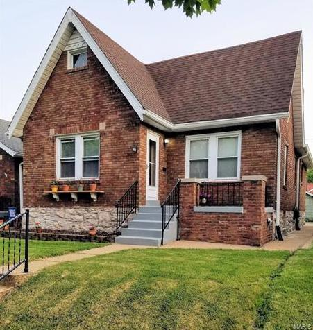 Photo of 3930 Burgen Avenue St Louis MO 63116