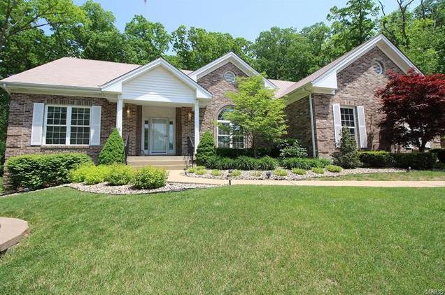 Photo of 5500 Summerland Circle St Louis MO 63128