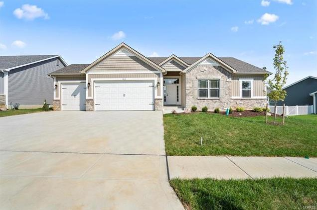 Photo of 1013 pine creek Drive Wentzville MO 63385