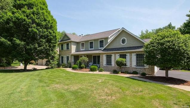 Photo of 12 Country Club Woods Drive St Charles MO 63303