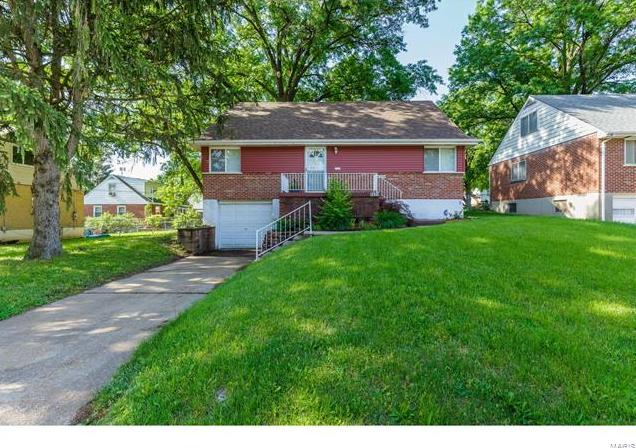 Photo of 8624 Belcrest Lane St Louis MO 63114