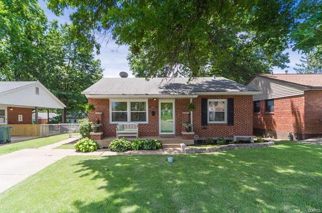 Photo of 4044 Robert Avenue St Louis MO 63116