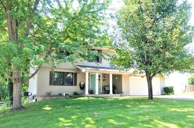 Photo of 52 Spring Way Drive St Peters MO 63376