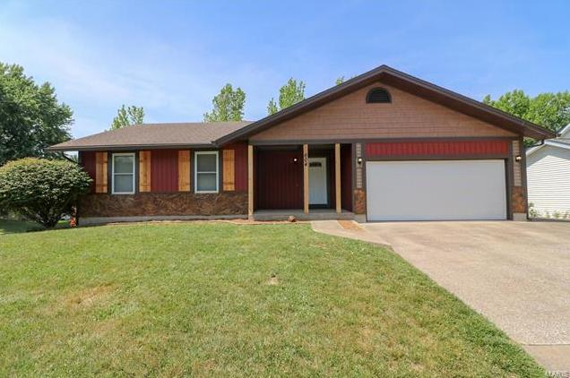 Photo of 604 Brickingham Dr St Peters MO 63376