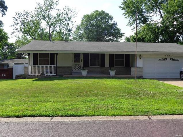 Photo of 2367 Vorhof St Louis MO 63136