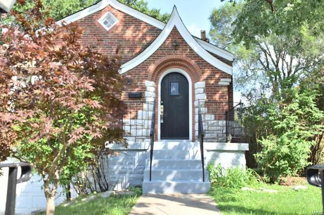 Photo of 560 Bellsworth Drive St Louis MO 63125