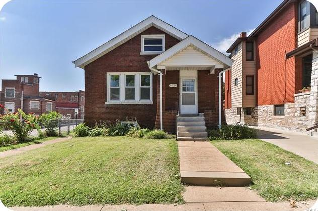 Photo of 4934 Bancroft Avenue St Louis MO 63109