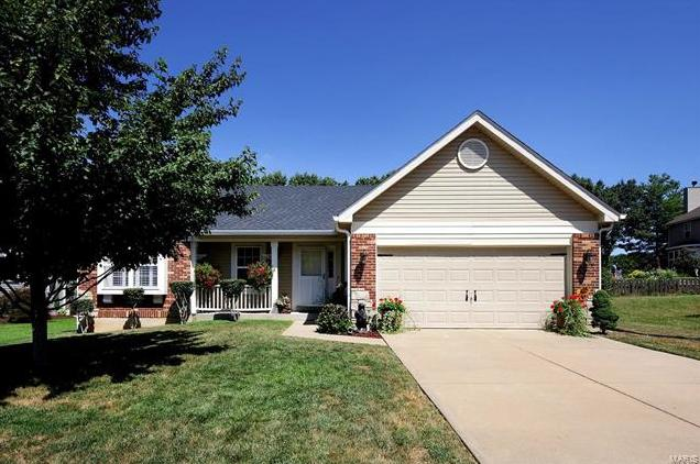 Photo of 1845 Williamstown Drive St Peters MO 63376