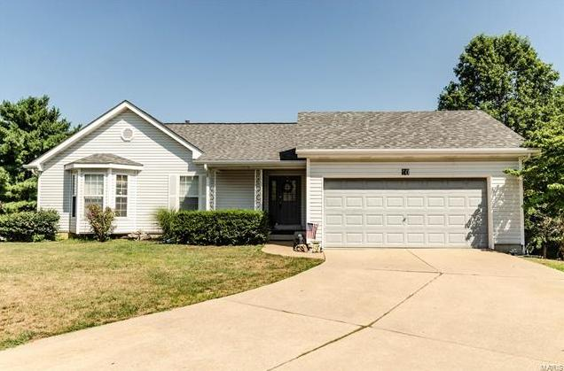 Photo of 10 Primgarden Court St Peters MO 63376