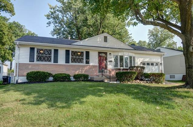 Photo of 8230 Marvale St Louis MO 63123