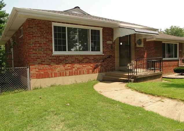 Photo of 3927 French Court St Louis MO 63116