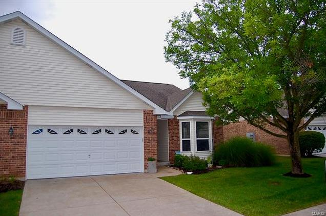 Photo of 3193 Country Bluff Drive St Charles MO 63301