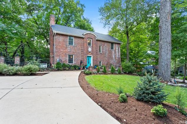 Photo of 322 Arbor Lane Webster Groves MO 63119