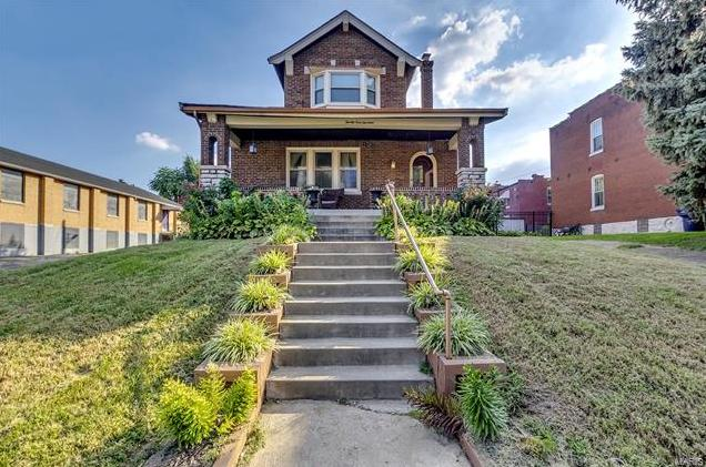 Photo of 2914 Magnolia Avenue St Louis MO 63118