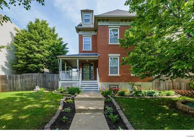 Photo of 2831 Saint Vincent Avenue St Louis MO 63104