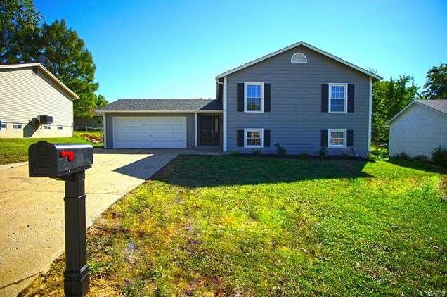 Photo of 3010 Valley Ridge Drive St Peters MO 63376