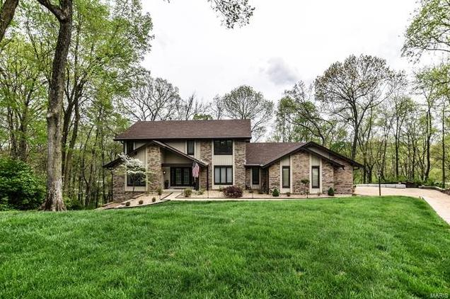 Photo of 2244 Kehrs Ridge Drive Chesterfield MO 63005