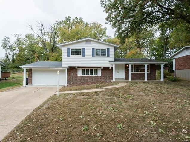 Photo of 4665 Bridlewood Terr St Louis MO 63128