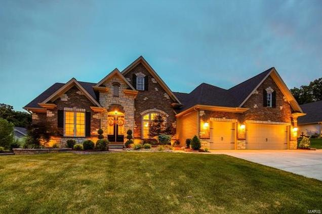 Photo of 30 Valley Gate Court Lake St Louis MO 63367