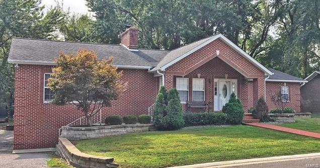 Photo of 50 Lake Forest Belleville IL 62220