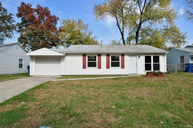 Photo of 30 JAMESTOWN Drive St Peters MO 63376