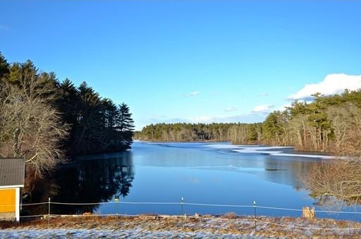 Photo of Lot 1 Marys Pond Rd Rochester MA 02770