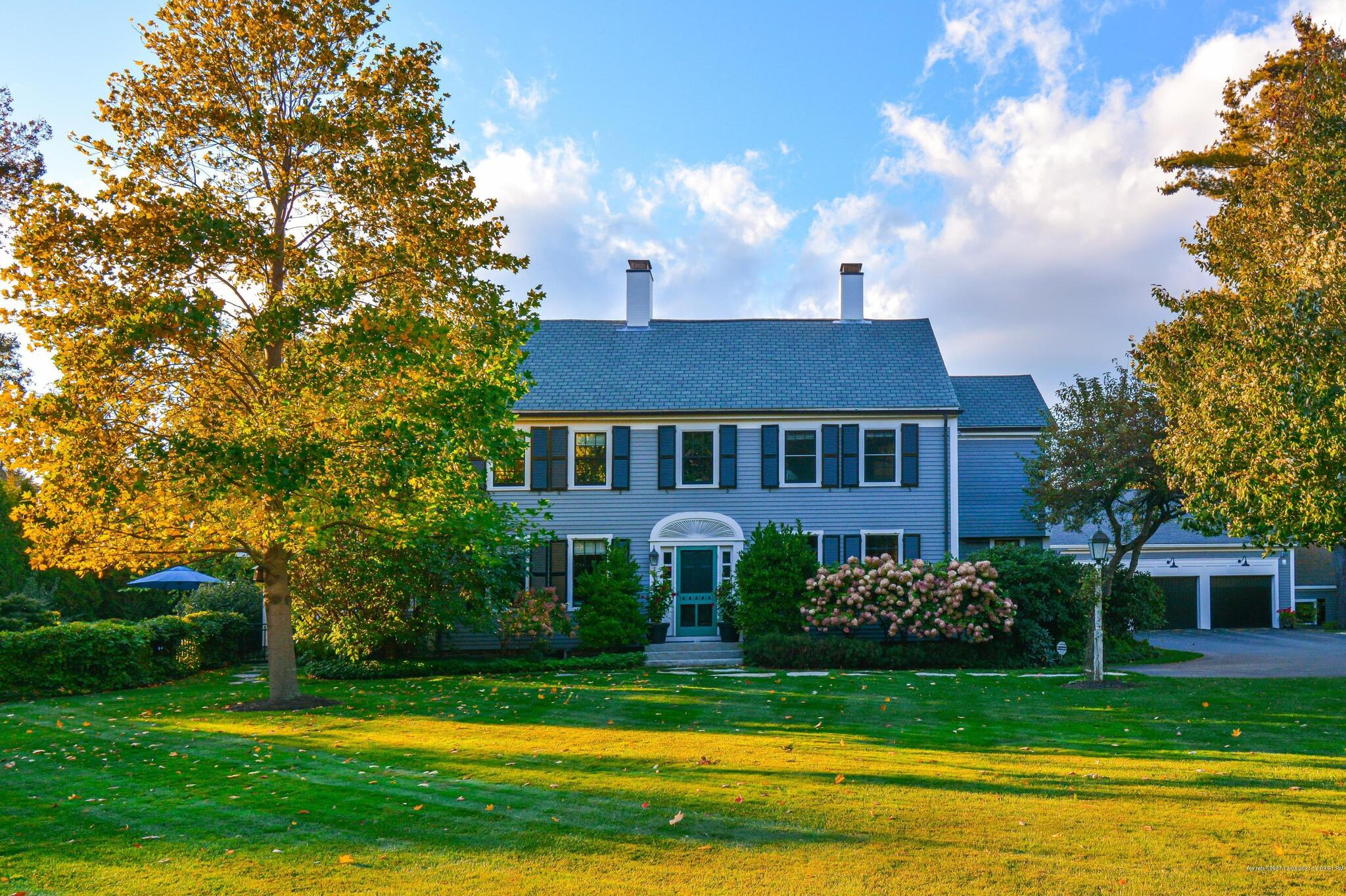 Photo of 118 Foreside Road Falmouth ME 04105
