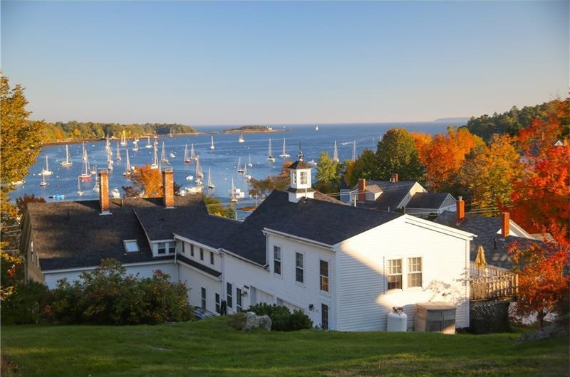 Photo of 100 Pascal AVE Rockport ME 04856
