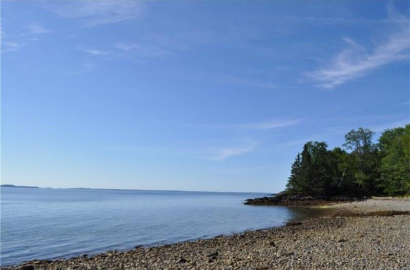 Photo of 244 East Shore DR Islesboro ME 04848