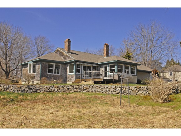 Photo of 68 Wentworth Road New Castle NH 03854