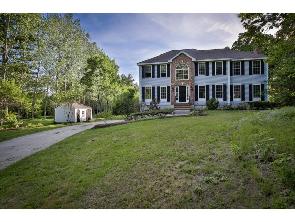 Photo of 15 Meetinghouse Road Windham NH 03087