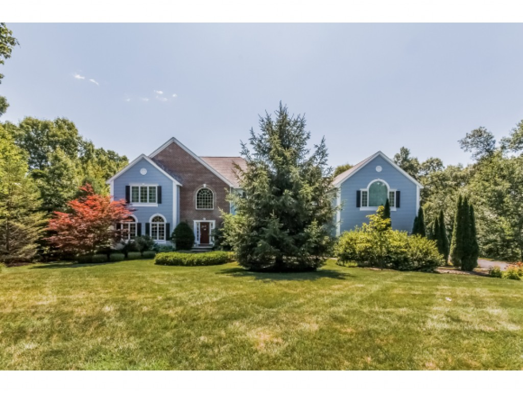 Photo of 47 HERITAGE HILL ROAD Road Windham NH 03087