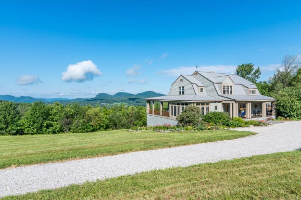 Photo of 1638 Lilly Hill Rd Danby VT 05761