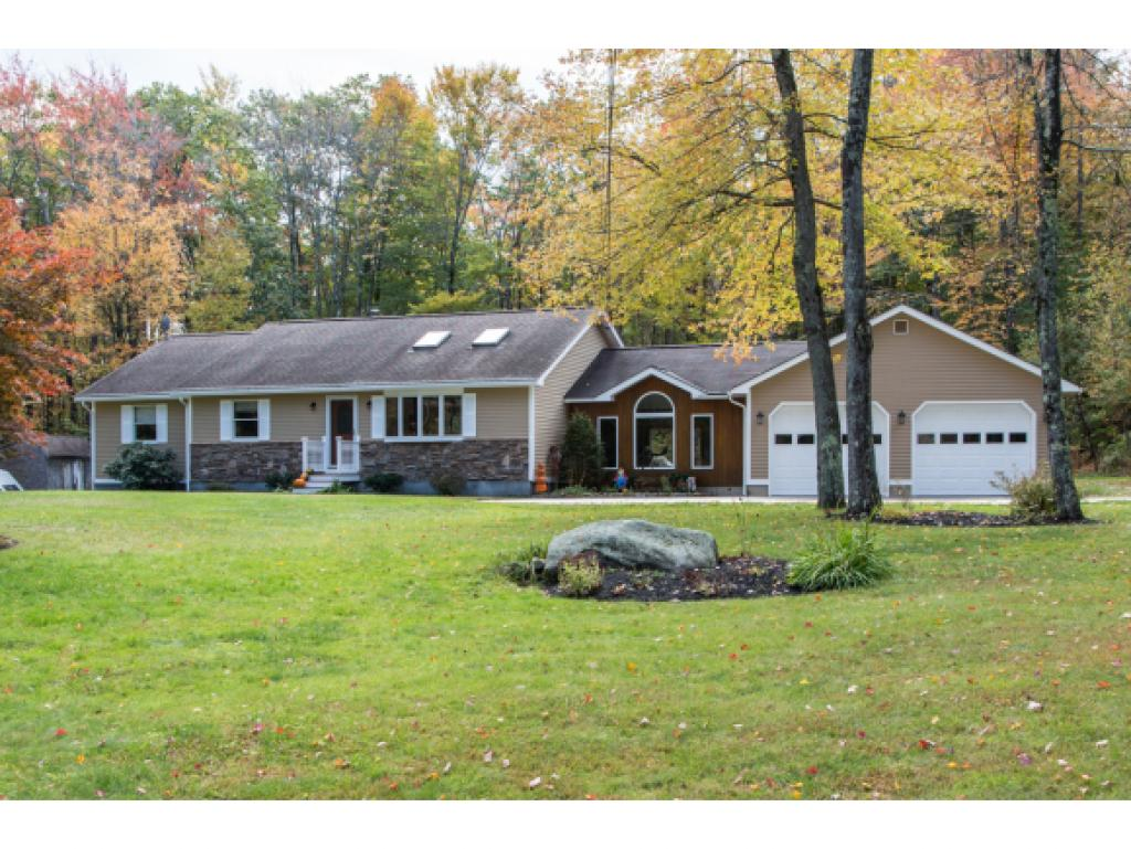 Photo of 25 Maple Ave Deerfield NH 03037