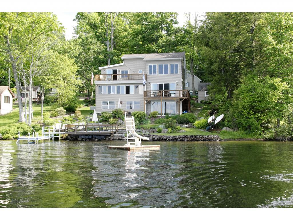 Photo of 136 S Shore Drive Barnstead NH 03225
