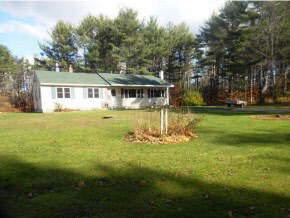 Photo of 119 Garland Road Barnstead NH 03218