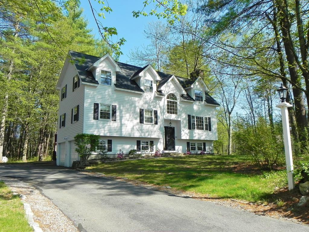 Photo of 82 Stowell Road Bedford NH 03110