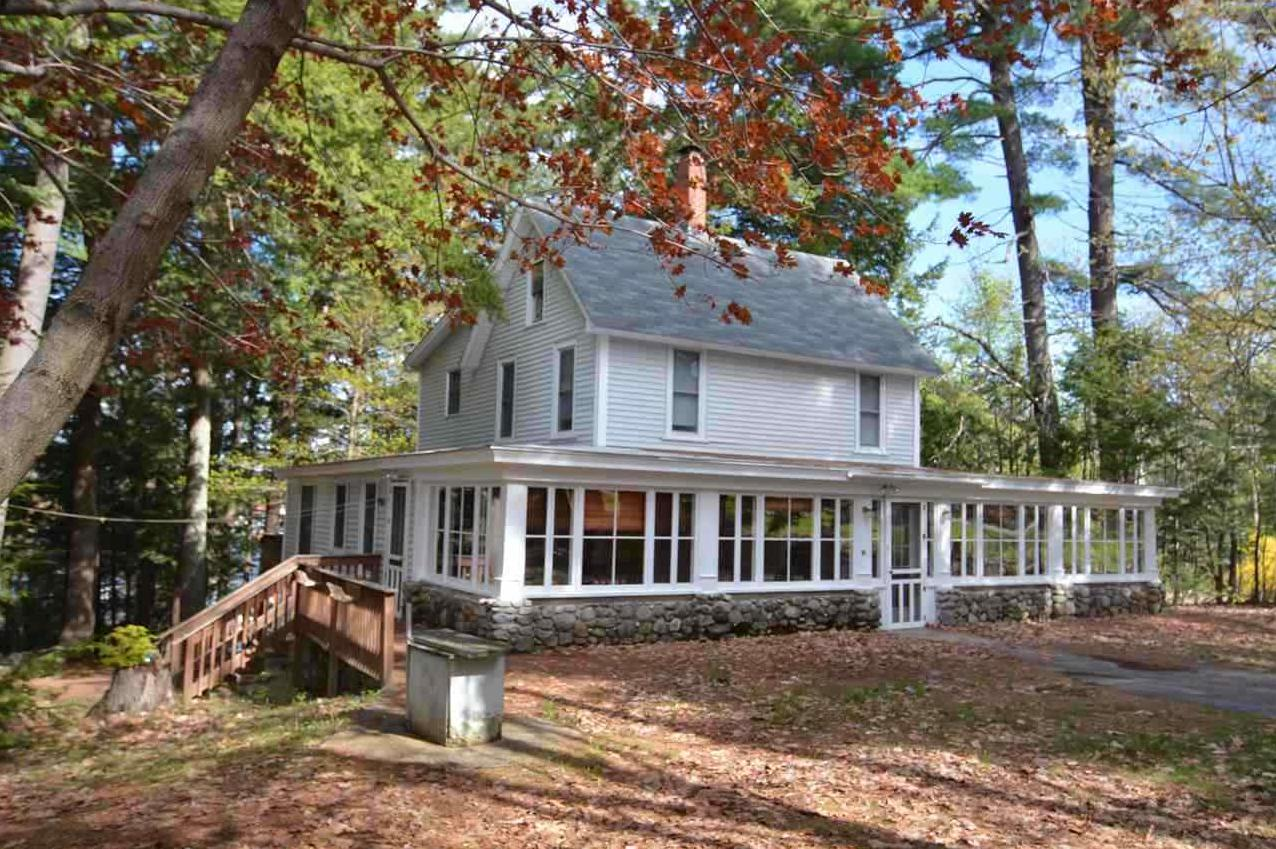 Photo of 10 Glendale Place Gilford NH 03249
