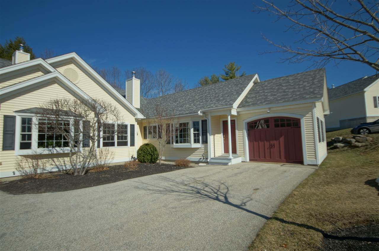 Photo of 9 Lamplighter Village Road Windham NH 03087