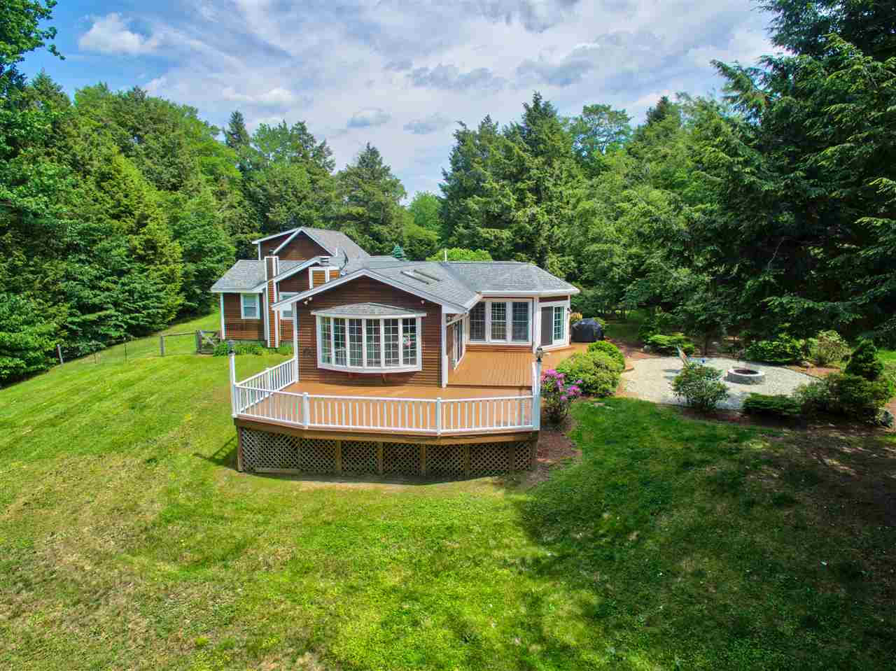 Photo of 220 Forest Lane Stowe VT 05672