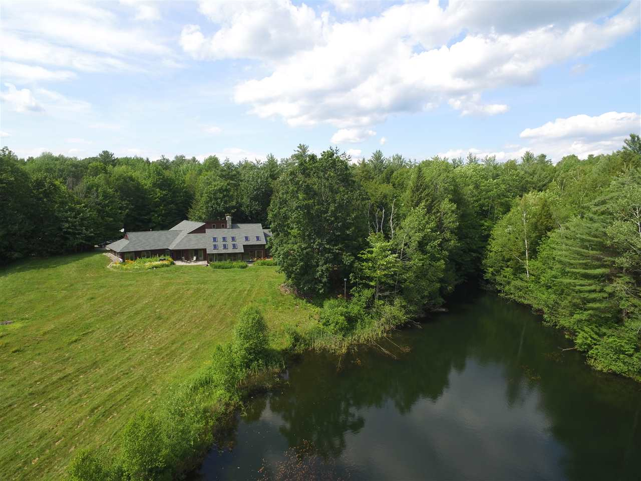 Photo of 26 Ledge Lane Lebanon NH 03766